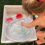 juegos con agua para niños